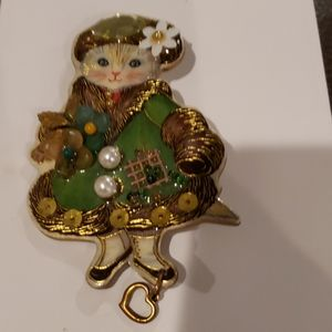 Vintage Creations By Frances Cat Brooch 3D
